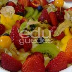 Merengue com frutas