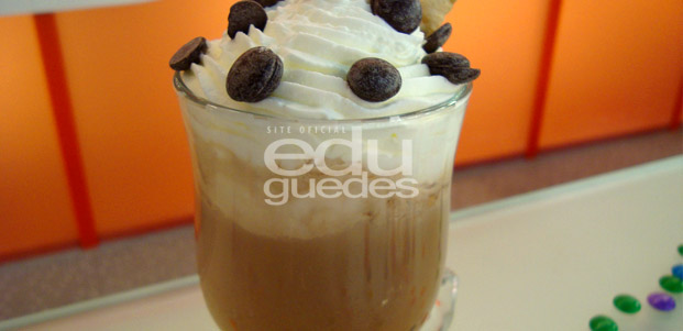 chocolate-quente-edu-guedes